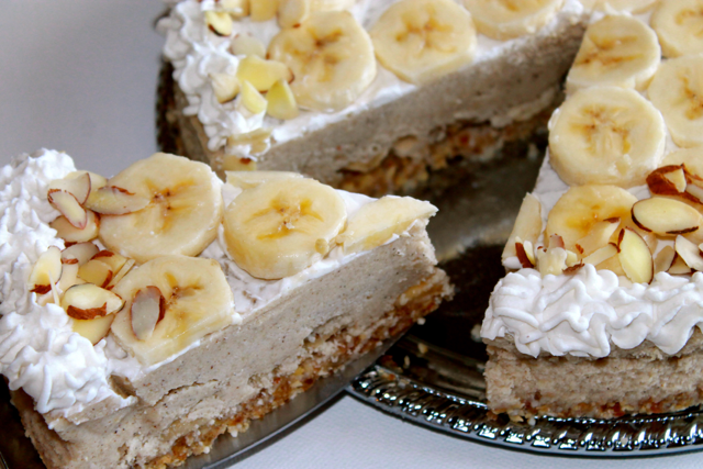 Vegan Banana Cream Pie is beautiful and nutritious. You'll love the silky smooth texture. The no cook method for this recipe is super easy.