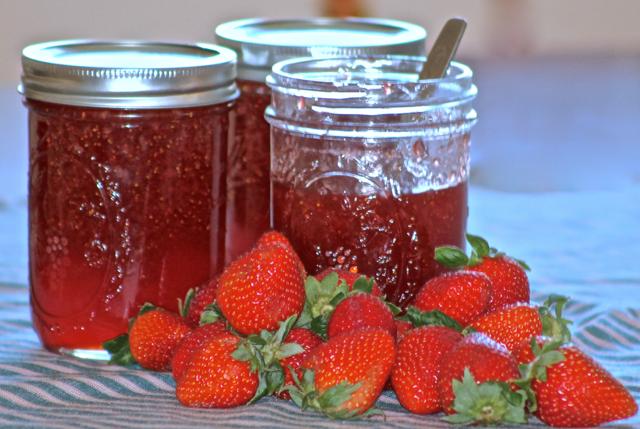 Easy No Cook Strawberry Freezer Jam